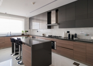 Private Residence - Modern Kitchen